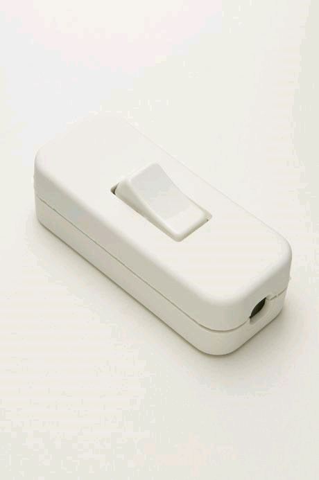 Jeani 2A In Line Switch White