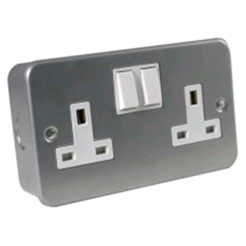 Niglon Metal Clad 2gang Switched 13amp Socket