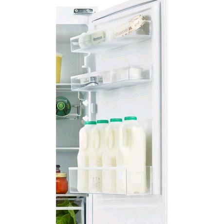 Blomberg 50/50 Integrated Frost Free Fridge Freezer 163/91ltr  H1778  W540