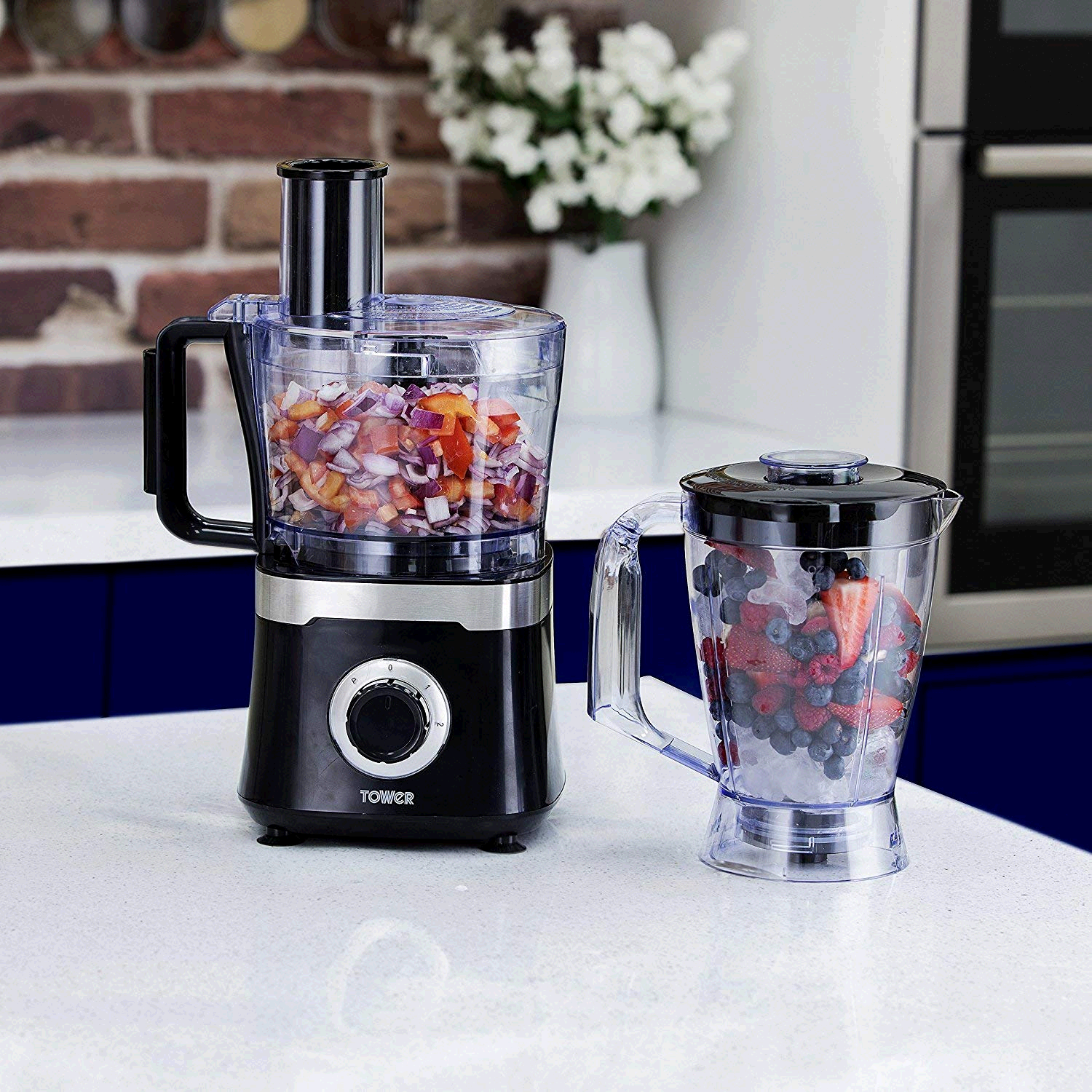 Tower Food Processor with 1.4 Litre Blending Jug and 1.5 Bowl 600w Black