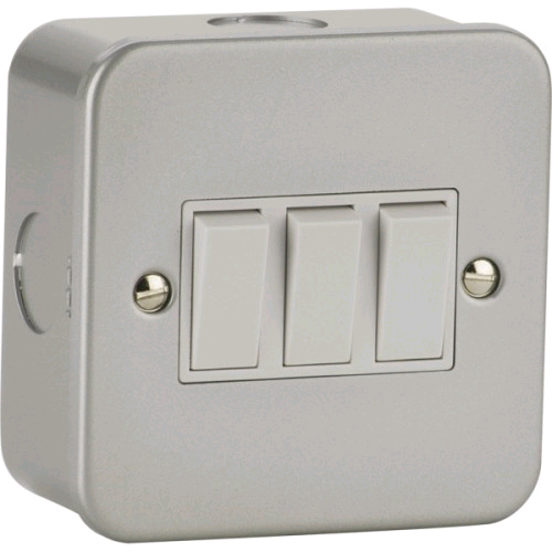 Niglon Metal Clad 3gang 2way Switch
